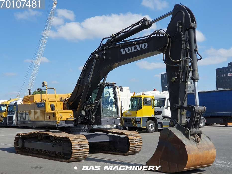 Volvo EC380DL LOW HOURS - READY FOR WORK - 2016 - image 3