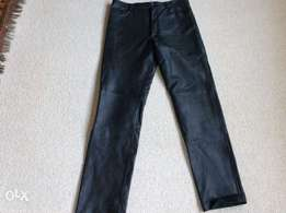 Leather pants Mens. Waist size 33/34. Leg 36. Can be cut down