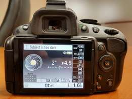 Nikon D5100 - Outstanding condition