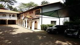 14bdr runda mimosa house sitted on 1.3acres