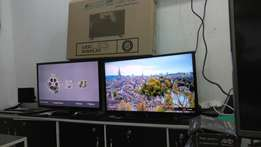 Digitalised 32 inches Samsung flat screens
