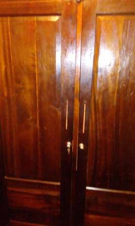 Mahogany wardrobe with full length mirror Kileleshwa - image 4