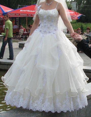 Весільне плаття  1 700 грн. - Весільні сукні Луцьк на Olx 571a42e3d0610