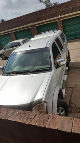 Isuzu kb300 Urgent Sale Germiston - image 3