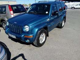 Jeep Cherokee 2.8 diesel automatic 4X4 CRD Limited 2004 R69500