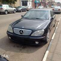 A clean toks 2002 Mecerdes Benz S500 for sale