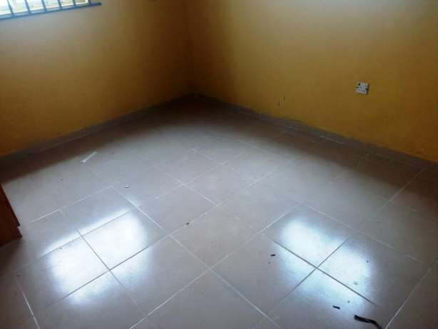 Lovely 2 bedroom flat all tiles floor with nice kitchen at Baruwa Alimosho - image 8