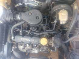 4sale of used ople astre car with point 6engine