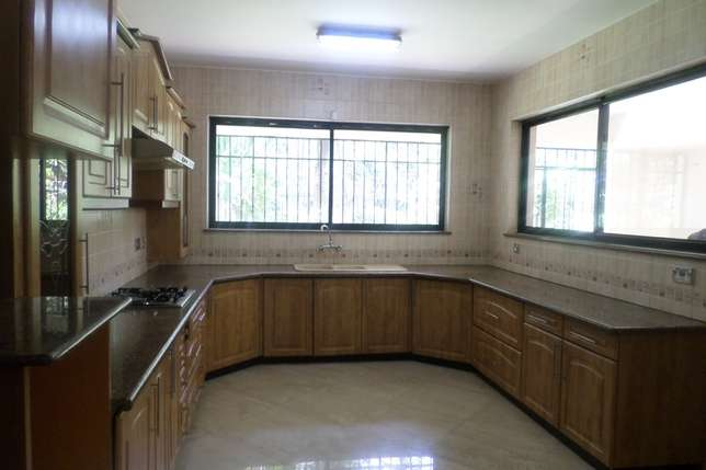 A 4 bed townhouse with SQ for rent in Westlands Westlands - image 3