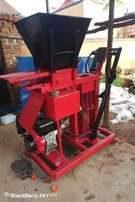 Hydraulic stabilized soil block machine and soil crusher for sale.