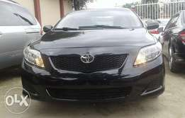 Extra clean and sharp foreign used Black Toyota Corolla 2009 model