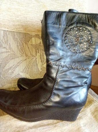 Жіночі зимові чоботи  700 грн. - Жіноче взуття Львів на Olx 7e4541ae3cd1c