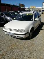 Golf 4 estate 1.6i call Shiraz