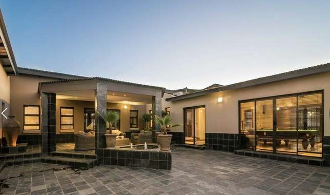 A Life Of Style, Entertainment And Tranquillity Zwaveldspoort - image 1