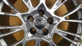 OZ 17 inch Botticelli Alloy Rims
