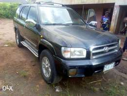 Nissan Pathfinder for sale very clean buy and drive no issue