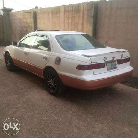 Clean and Neat Toyota Camry Tiny light(Leather seat interior) for sale Abule-Egba - image 1