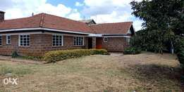 4bedroomed bungalow to let in ngong town