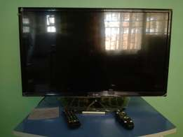 32'' LG TV for sale