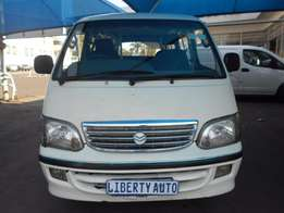 2007 Inysthi CAM 107,000 km 2.2i 14 Seater Taxi Manual Gear, Cloth Up