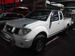 2010 Navara king cab 4x4 metal mulisha