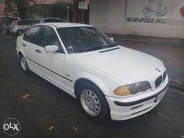 USED CARS IN JOHANNESBURG! immaculate 2002 BMW 3series for sale