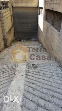 warehouse with pick up entrance for rent Ref # 551
