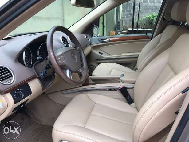 Foreign Used Mercedes Benz GL450 Lagos Mainland - image 5