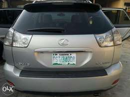 Neatly Used Full Option 2006 Lexus RX330 in Superb Condition