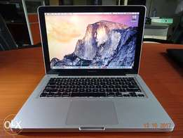 Apple Macbook Pro 13-inch 2.4Ghz,i5,4GB,500GB
