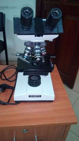 Olympus Biological Microscope With Objective Lenses Ngara - image 5