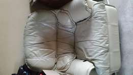 Grafton leather Lazy boy excellent condition.