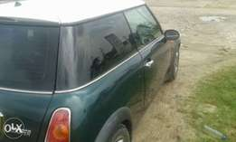Neatly used 2002 Mini Cooper