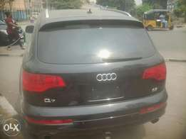 Audi Q7 Excellence Super Toks Full Option 08