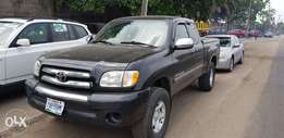 Toyota Tundra 2007 model very clean buy and drive fabric allowed ac