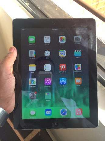 Apple iPad MD328LL/A (16GB, Wi-Fi, White) 3rd Generation Westlands - image 2