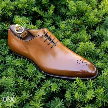 LodinG Wholecut shoes 39 to 45