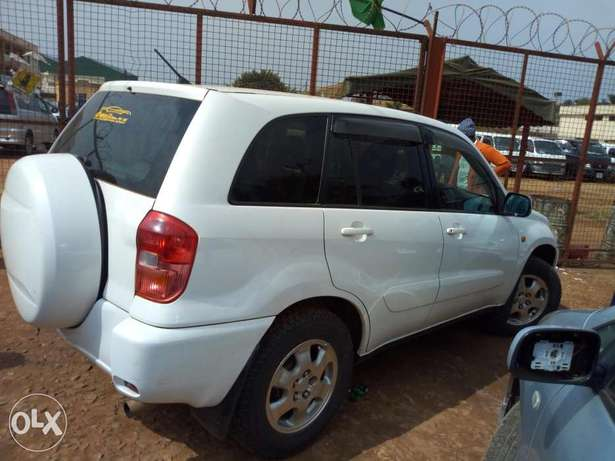 Toyota Rav4 on quick sale UAZ/Z Kampala - image 3