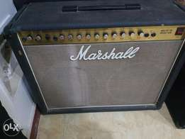 Marshall amplifier Mos-Fet 100 Reverb twin
