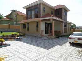 Fully furnished 4 bedroom stand alone house for rent in Muyenga at 9m