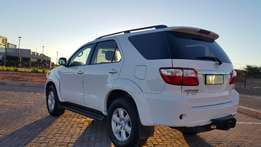 Toyota Fortuner 3.0 D4d 4x4 A/t Only 67000km