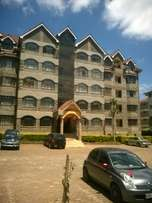 Triffany consultants; 3 bdrm all ensuite Dsq to let in Lavington