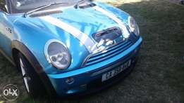 Mini Cooper S in pristine condition.