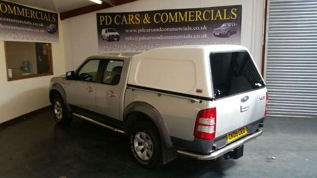 Ford Ranger Double Cabin 2010. Ex-UK Manual - 4WD 2500cc Diesel Mtwapa - image 4