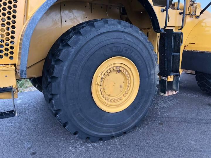 Caterpillar 980K wheel loader - 2013 - image 23