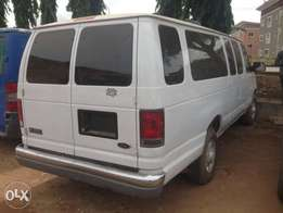 Neatly Toks Ford E350 Bus With Seat 04