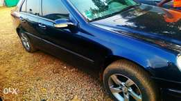 Benz c180 neatly used