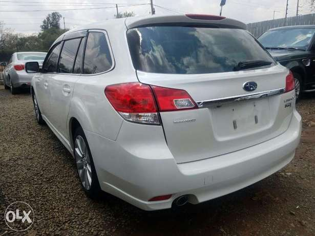Subaru Legacy Excellent Condition Hurlingham - image 8