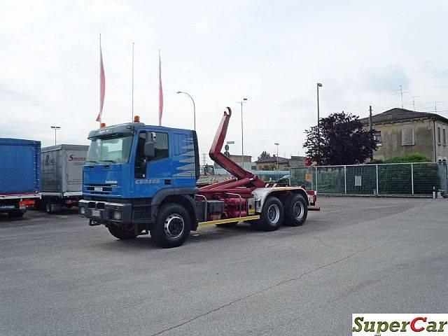 Iveco EUROTRAKKER 380E44H - 2003