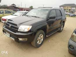 Very Clean 05 Toyota 4runner with V6 engine